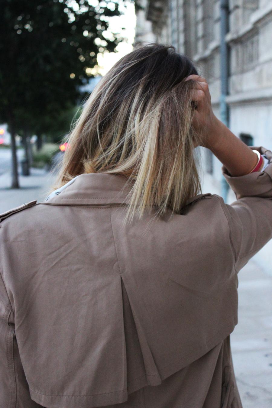 cheveux blond carrés