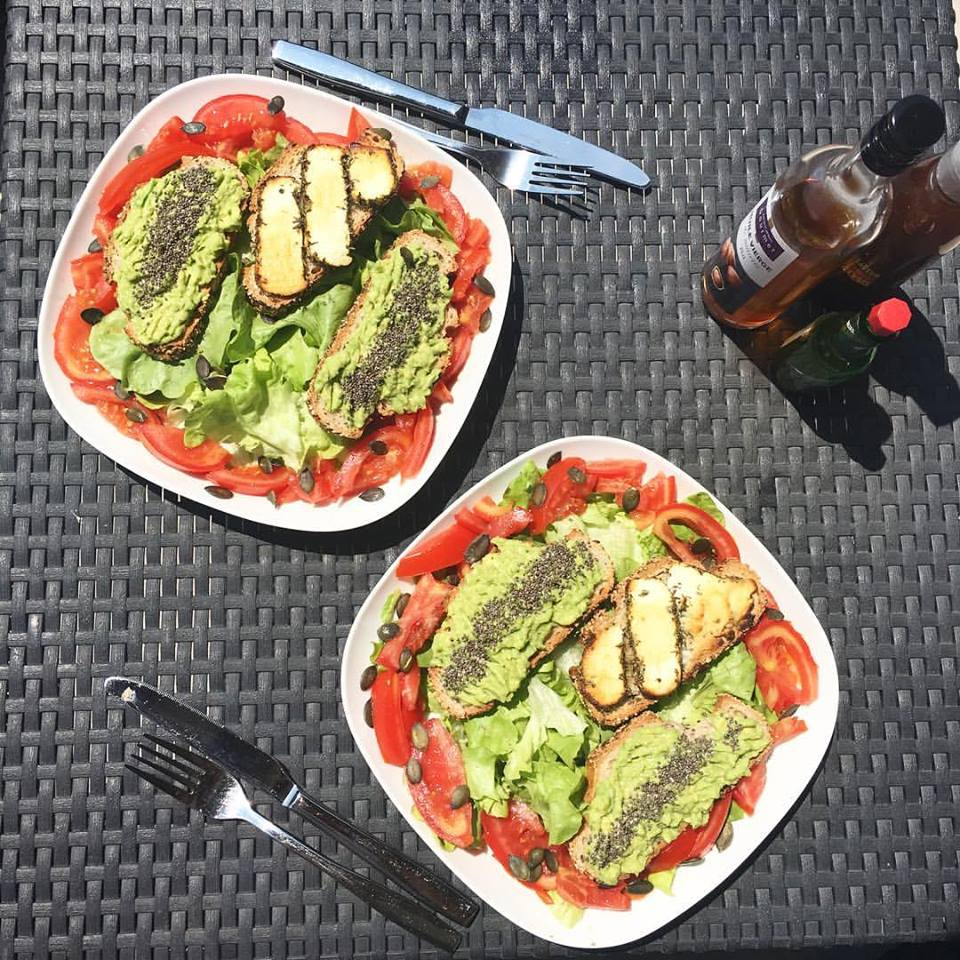salade chèvre chaud avocat
