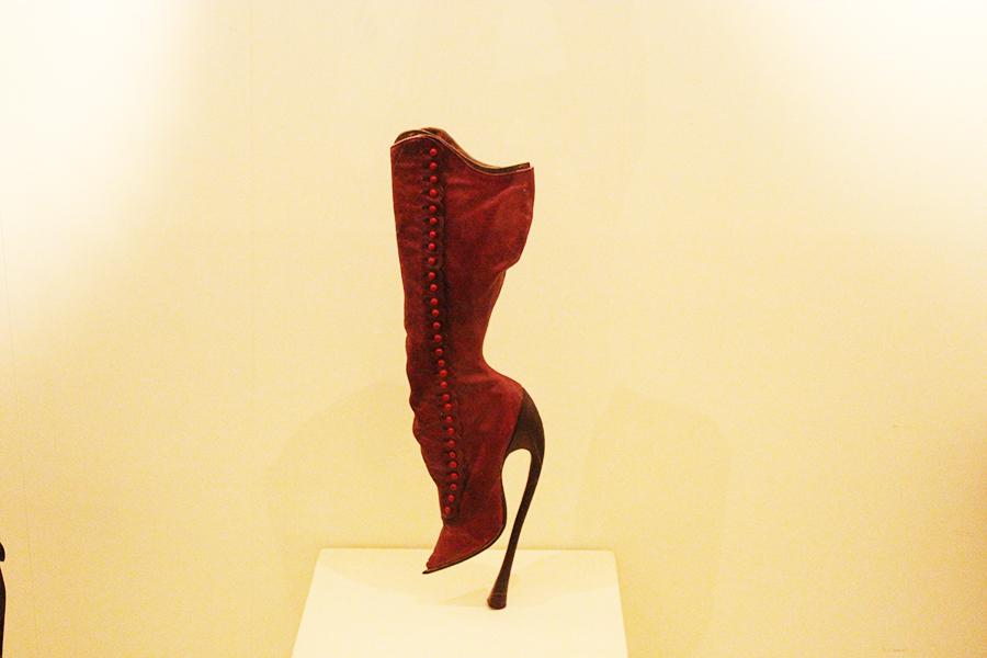 chaussures romans musée