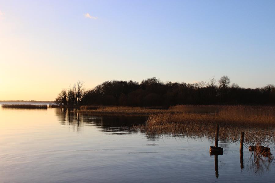 ireland-mullingar-lake-lough-ennel-sunset