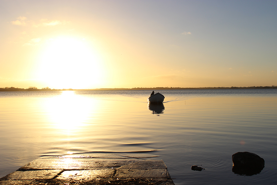 ireland-lake-lough-ennel-sunset
