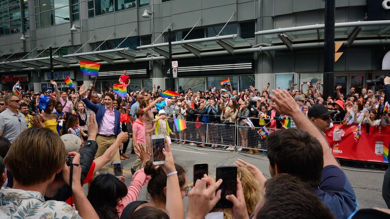 justin-trudeau-pride-parade-2017